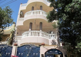 Holiday accommodation in El Gezira