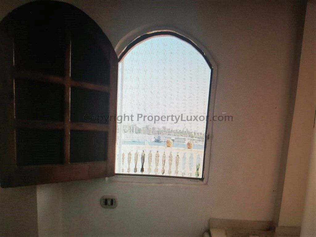 W0117 - Nile view apartment for sale in El Ramla - Living