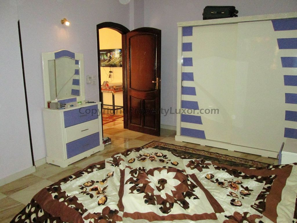 W0129 - Building for buy in Luxor in El Ramla - bed