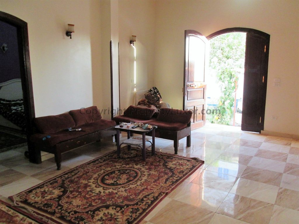 W0129 - Building for buy in Luxor in El Ramla - living