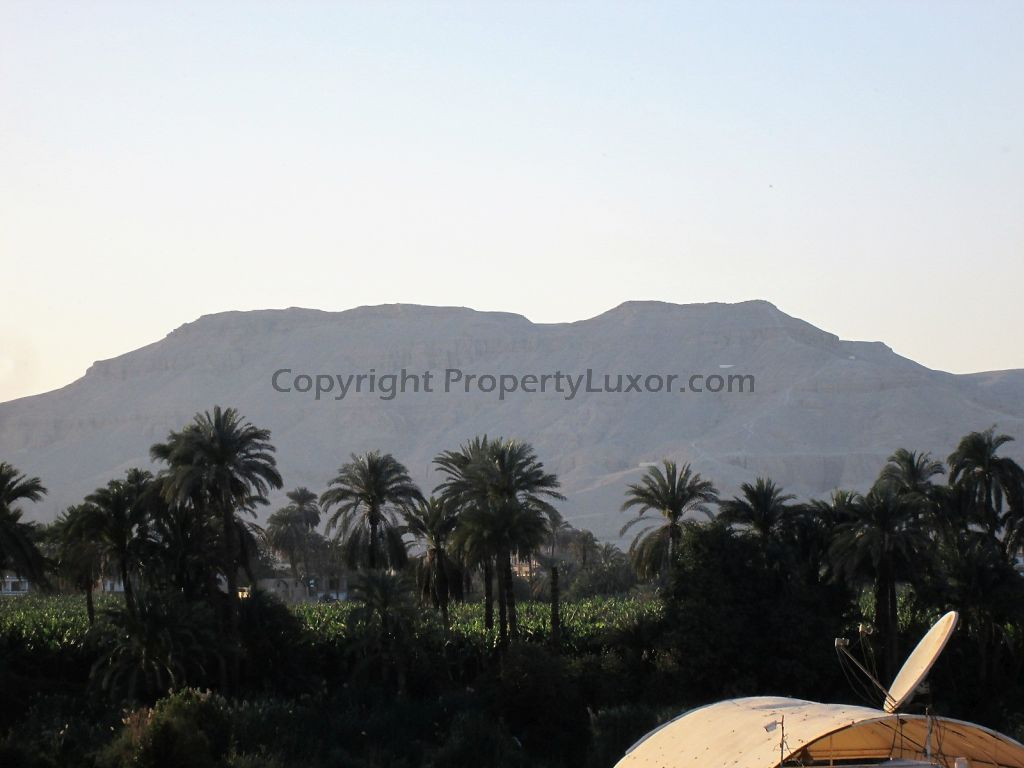 W0129 - Building for buy in Luxor in El Ramla - outview