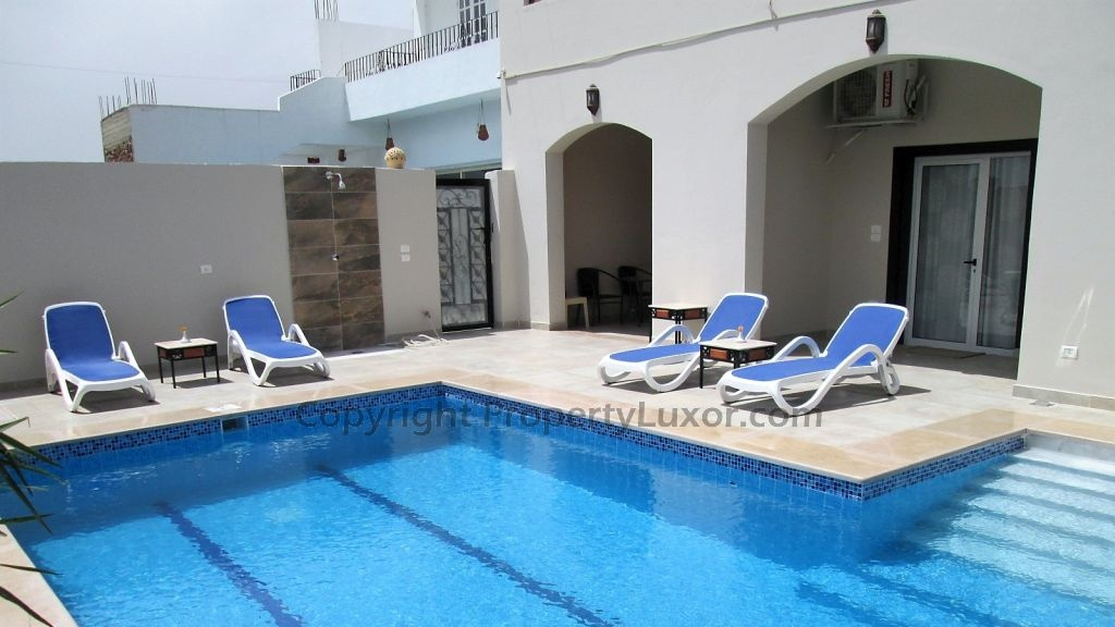 W0131b-Flat with pool second floor  in El Ramla-building