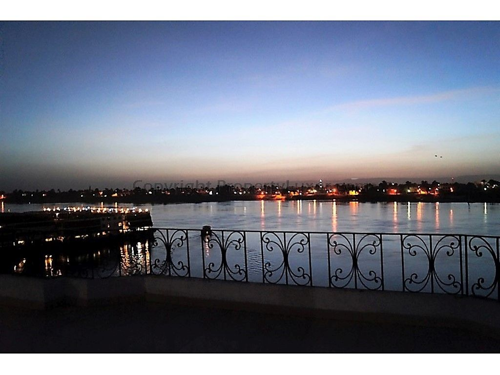 E0133-Penthouse-Suite Luxor in Al Awameyah-Outview