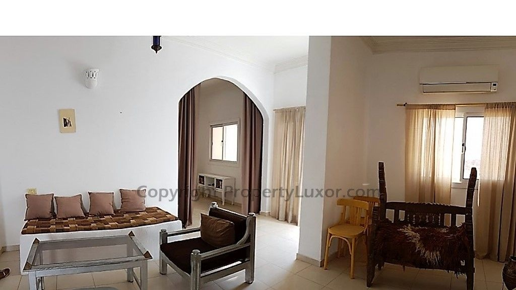 E0133-Penthouse-Suite Luxor in Al Awameyah-Living