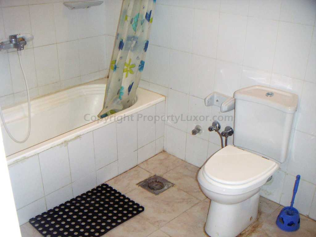 W0011 - Apartment with pool in El Ramla - Bath