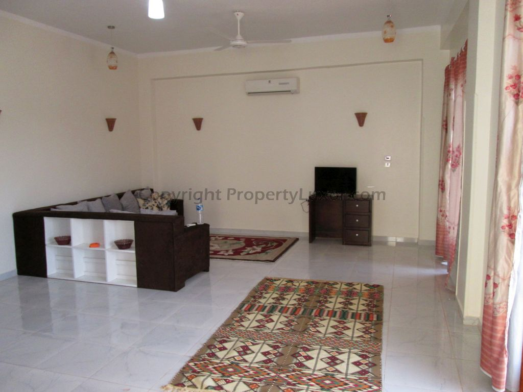 Investment in Luxor in El Ramla rent long term accommodation tourist flat booking room