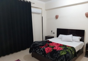 flat for long stay in luxor in El Gezira