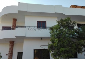 Villa with big garden in El Ramla