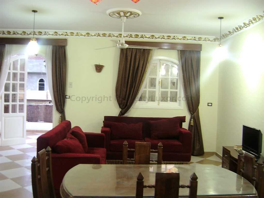 W0009a - Large apartment in El Ramla - Living